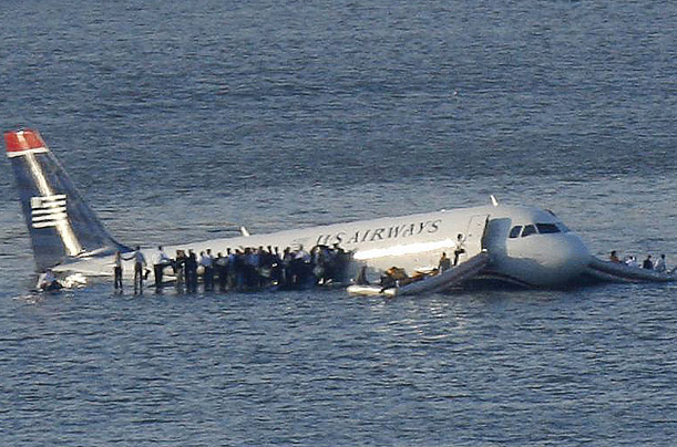 Plane Crash in the Hudson RiverA Charlotte-bound US Airways flight ...: content.time.com/time/photogallery/0,29307,1872172,00.html