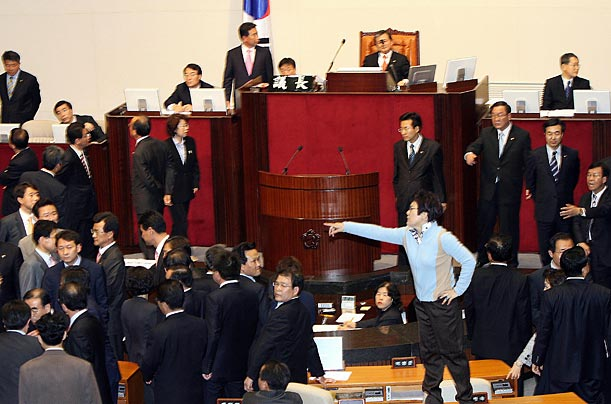 An opposition leader takes a stand against the passage of reform bills.