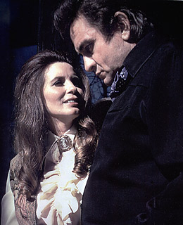 Bol india top 10 celebrity grave sites for Pictures of johnny cash and june carter