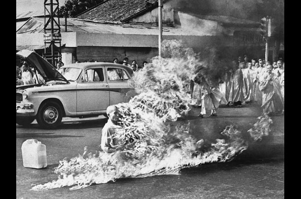 Self-immolating Buddhist monk in Vietnam