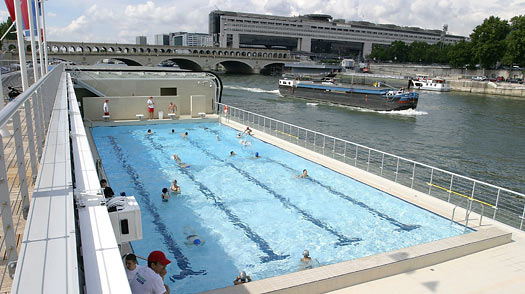 Paris 10 things to do 8 piscine josephine baker time for Piscine paris 11