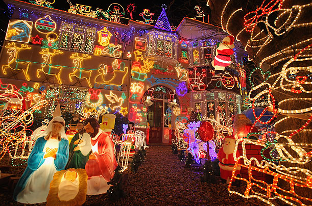 Homeowner Alex Goodwind places 115,000 bulbs on his home every year at holiday time to raise money for a local hospice. Last year, donations from visitors totaled £3,000.