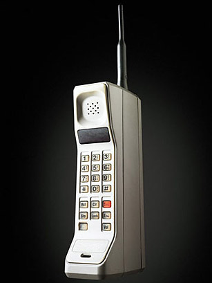 motorola dynatac 8000x   all time 100 gadgets   time