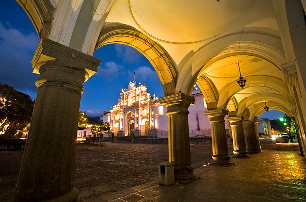 Rebuilding Destroyed Cities: Antigua, Guatemala