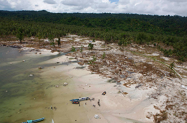 Tsunami Claims More Than 400 Lives in Indonesia