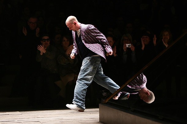 Fashion designer Alexander McQueen on the catwalk at the Alexander McQueen ready-to-wear Fall-Winter 2006-2007 collection fashion show.Stephane Cardinale/People Avenue/Corbis
