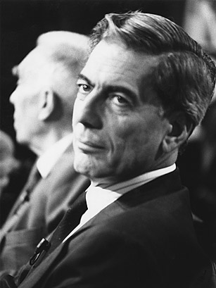 """mario vargas llosa essay Free essay: in his essay, """"the fence of lies,"""" mario vargas llosa explores the potential consequences of building a wall across the mexican-american border."""