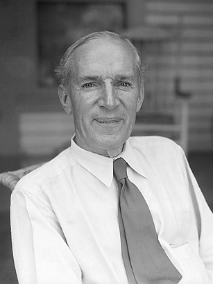 upton sinclair research paper Category: essays research papers title: upton sinclair.