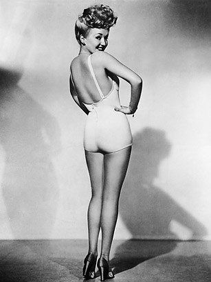 http://img.timeinc.net/time/photoessays/2010/top10_insured/betty_grable.jpg