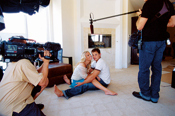 In Newlyweds, Jessica Simpson wedded Nick Lachey, was challenged by the zoological classification of canned tuna and showed that reality TV was safe for celebs.