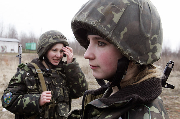 essays on women in the military Speaking about women in the military, the major question to be answered it whether it is right for women to be a part of the armed forces this question has.
