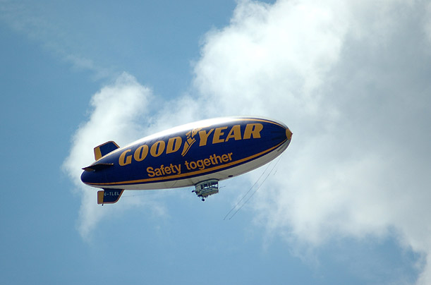 Blimp Catches Fire During Hessentag