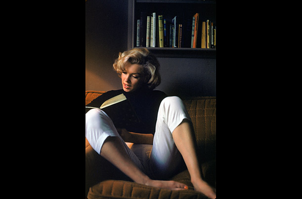 marilyn monroe essays As far as advertising goes, it was near perfect in its tragedy to touch on the readers' subconscious senses of trust, logic, and emotion this technique was.