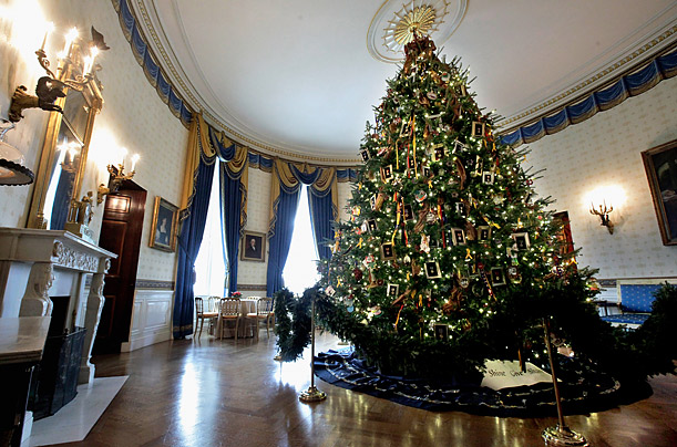 White House Holiday Decorations: Christmas Trees and More - TIME