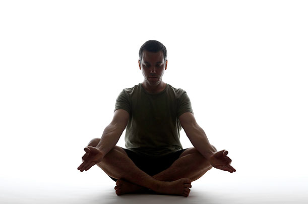 Yoga and Scoliosis: A Journey to Health and Healing | IYNAUS | Iyengar ...