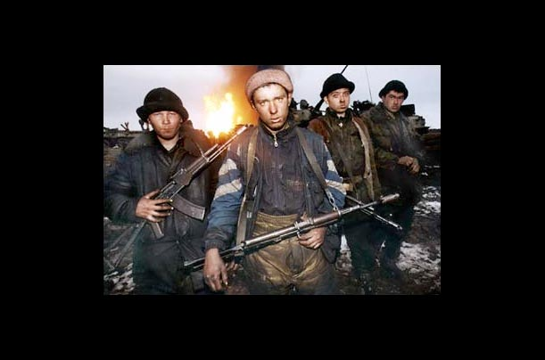 Young Russian soldiers pictured in the Zavodskoy district of Grozny.