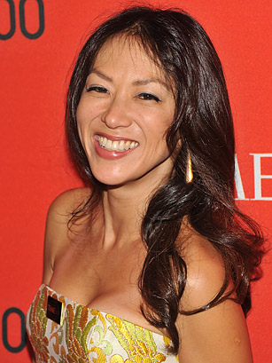 amy chua daughter essay 'tiger mom' study says both amy chua and her  asked the students to write a short essay either about  both amy chua and her critics.