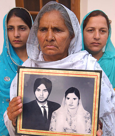 Paramjit Kaur, wife of Indian prisoner Kashmir Singh
