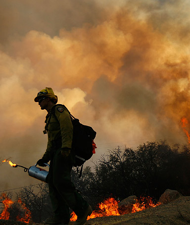 A heat wave is making the job of fighting the wildfires in California more difficult.