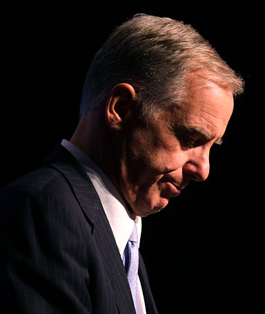 Democratic National Committee Chairman, Howard Dean talks about health care reform at the Gaylord National Resort and Convention Center