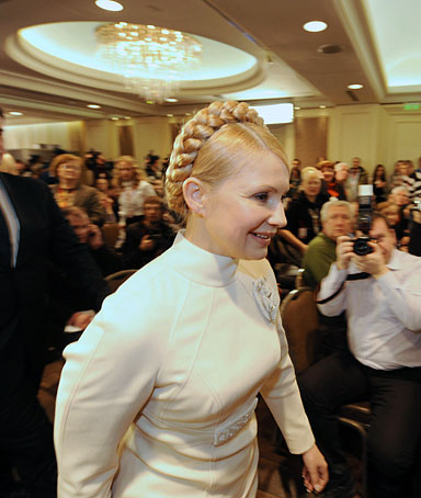 Ukraine's Prime Minister and the presidential candidate Yulia Tymoshenko enters to make a statement for the results of exit-pols after the second round of Presidential elections in her headquarter in Kiev on February 7, 2009