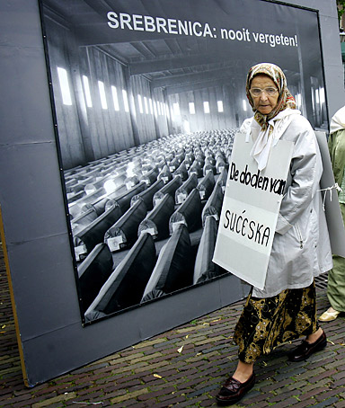 The Srebrenica Declaration sharply condemns the crime committed against the Bosnian population in Srebrenica in July 1995, expresses condolences to families of victims and extends apologies to them for lack of measures