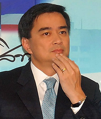 Thai Prime Minister Abhisit Vejjajiva gestures during the recording of his Sunday morning television programme inside the 11th Infantry Regiment in Bangkok, Thailand, 24 April 2010