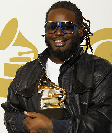 �Ain't nobody selling records unless you Susan Boyle.� T-PAIN, complaining that the music industry�s album sales are so low that he doesn�t believe it�s even worth releasing music anymore.