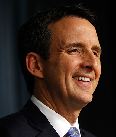 Republican presidential hopeful former Minnesota governoe Tim Pawlenty speaks at the Cato Institute in Washington, on May 25, 2011