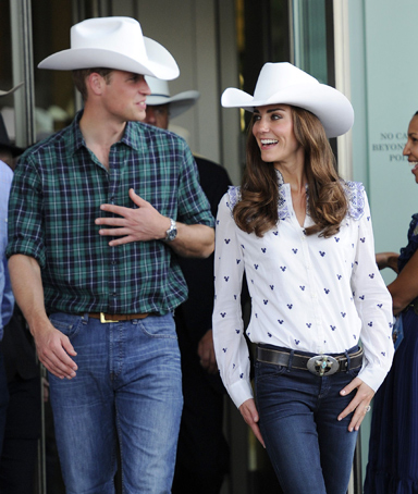 Britain's Prince William and his wife Catherine, Duchess of Cambridge, depart the Calgary Stampede in Calgary, Alberta, July 7, 2011.