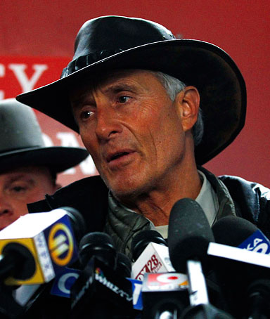 Columbus Zoo director emeritus Jack Hanna speaks to the media in Zanesville, Ohio, on Oct. 19, 2011