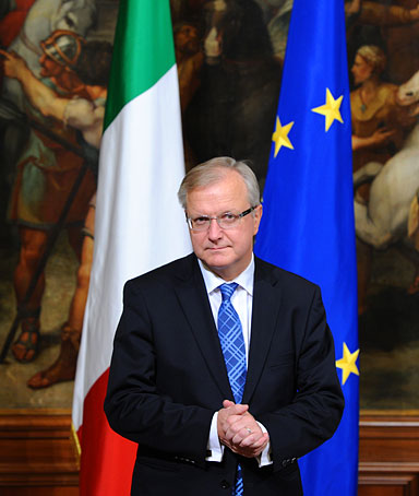 European Union's Economic and Monetary Affairs Commissioner Olli Rehn waits for Italy's Prime Minister Mario Monti prior their meeting on November 25, 2011 at Palazzo Chigi, Italy's Prime Ministry in Rome