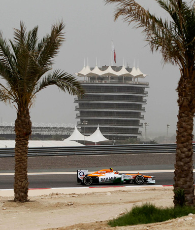 Force India Formula One driver Nico Hulkenberg of Germany drives during the first practice session of the Bahrain F1 Grand Prix at the Sakhir circuit in Manama April 20, 2012
