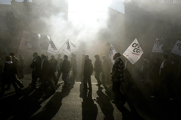 French workers, fearful about the global economic crisis, hold a nationwide strike, shutting down train and subway lines, reducing staff at hospitals and leaving millions of schoolchildren without teachers.