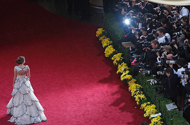Miley Cyrus arrives at the 81st Annual Academy Awards at the Kodak Theatre in Los Angeles, California.