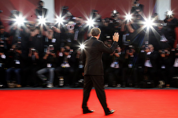 Today in pictures red carpet time - Red carpet photographers ...