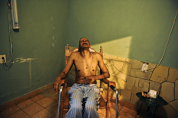 Cuban dissident Guillermo Farinas rests at his house in the city of Santa Clara after receiving the confirmation that he has been awarded the Sajarov Prize by the European Parliament.
