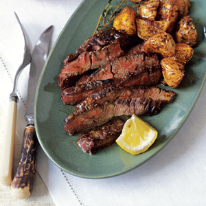 Skirt_steak_with_lemon_and_roaste_2