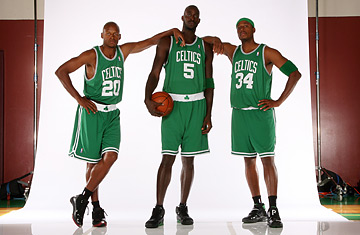 newest 50367 b75c5 Ray Allen, Kevin Garnett and Paul Pierce of the Boston Celtics ...