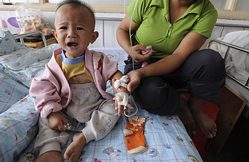 Tainted-Baby-Milk Scandal in China - TIME
