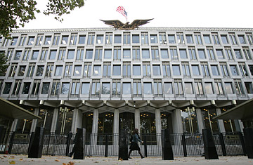 Us Embassy In London To Move Down Market Time