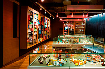 Knock It Off: A Thai Museum for Counterfeit Goods - TIME