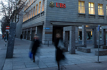 After Ubs Swiss Continue To Fight For Bank Secrecy