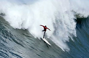 Mavericks: When the Big Waves Come to California - Video