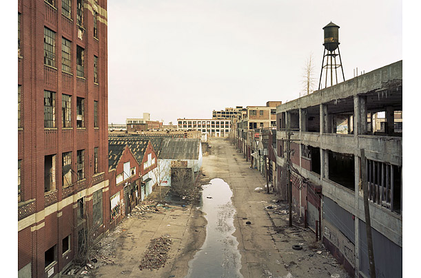 Photo essay: Once-grand Gratiot Avenue in Detroit is deteriorating
