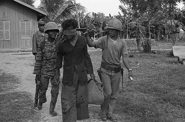 how did the khmer rouge end