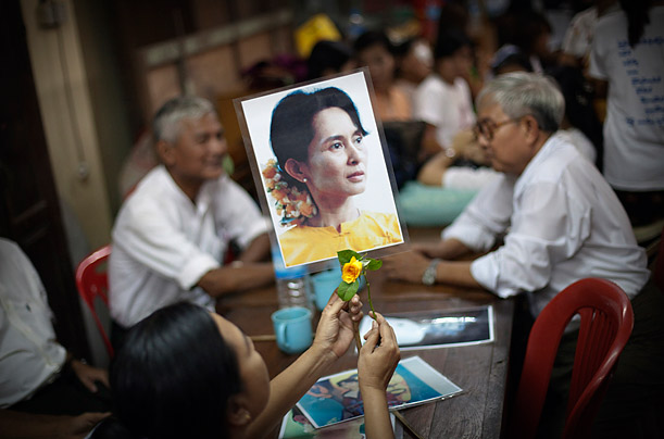 dom for burma s aung san suu kyi photo essays time burma s aung san suu kyi released from house arrest