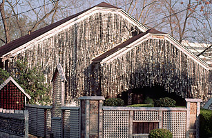 The Beer Can House Houston Top 50 American Roadside