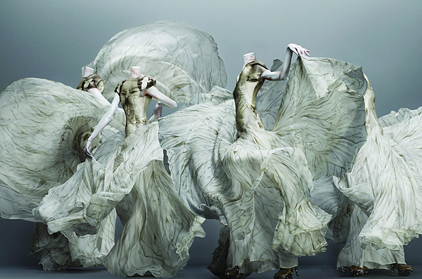 7fb5faf2a7c3 Alexander McQueen  Savage Beauty - Photo Essays - TIME