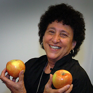 Marion Nestle The 140 Best Twitter Feeds Of 2011 Time